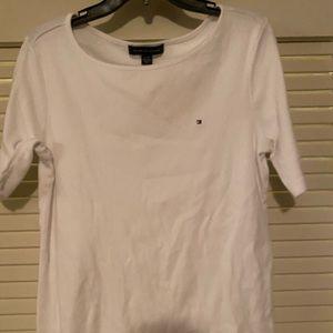 Tommy Hilfiger women's tshirt